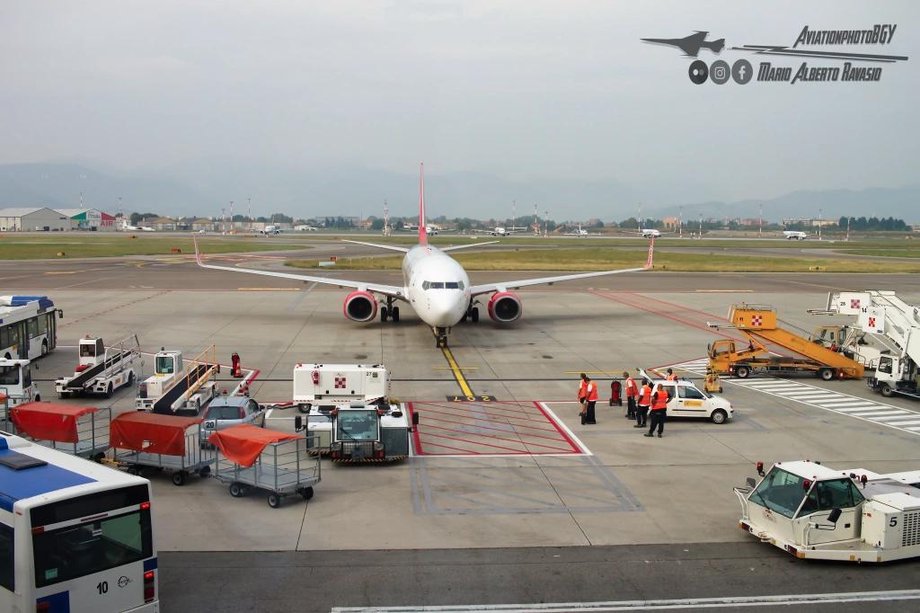 Volare Covid19 protocolli sicurezza Albastar compagnia aerea